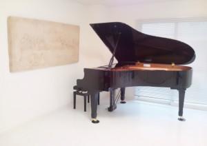 新高円寺ミルキーウェイスタジオ(防音施工)のグランドピアノ